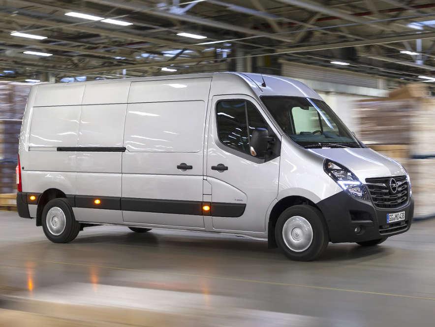 Opel Movano, вигляд з правого боку